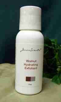 Walnut Hydrating Exfoliant