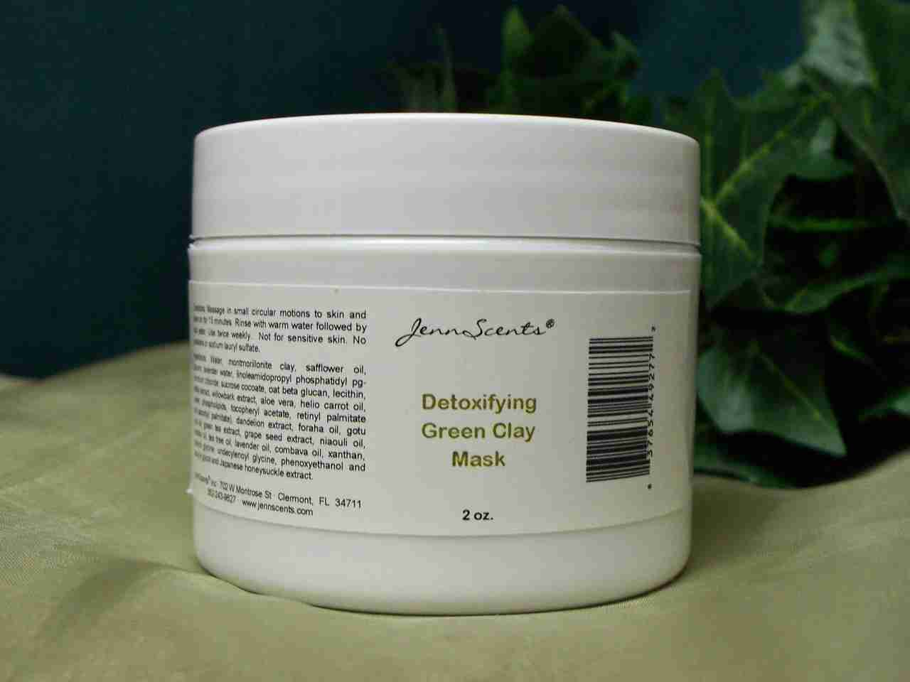 Detoxifying Green Clay Mask