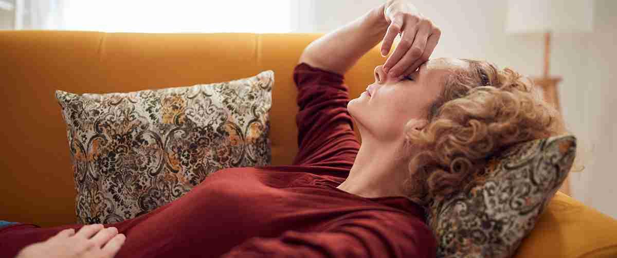 6 Essential Oils to Calm a Raging Sinus Headache